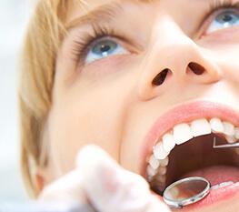 Diş Estetiği Empress ve Zirkonyum Diş Kaplamalar